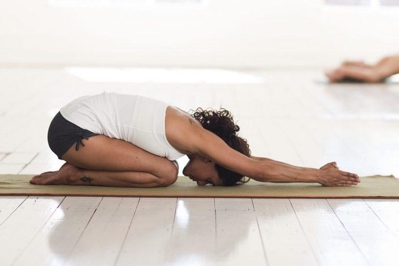 weekend ralxing yoga